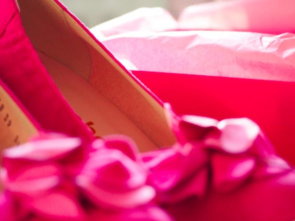 Ostamisen ilo, ihanat kengät ja iso IKÄVÄ omaa kauppaa!