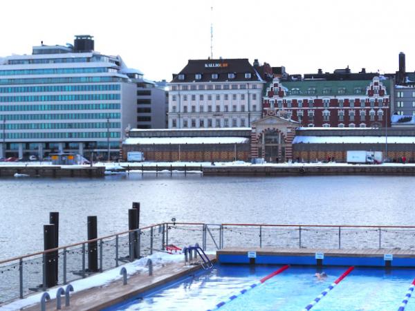 Allas Sea Pool, täydellinen talvipäivä ja kannattiko käydä?