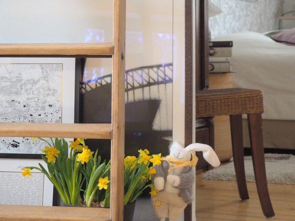 Narsissi – keltainen pieninä kukkina pääsiäiseen